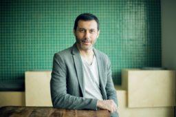 """Albert Cañigueral (Oui Share): """"El trabajo independiente va a crecer y a coexistir con las formas más tradicionales de empleo"""""""